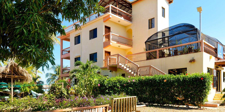 Beaches & Dreams Belize Resort