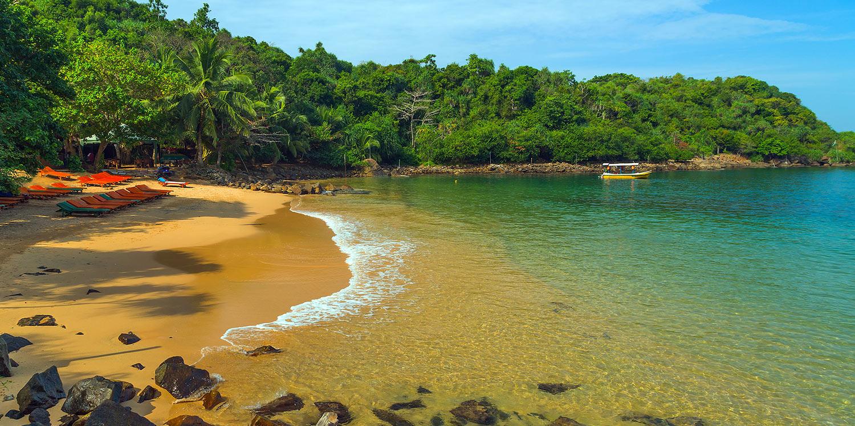 Belize jungle beach