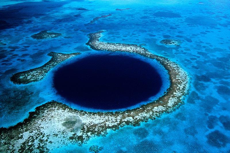 Belize blue hole dive