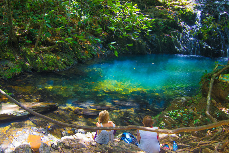 belize waterfall hike